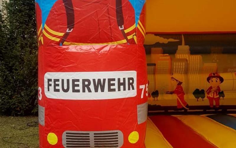 Hüpfburg Feuerwehr